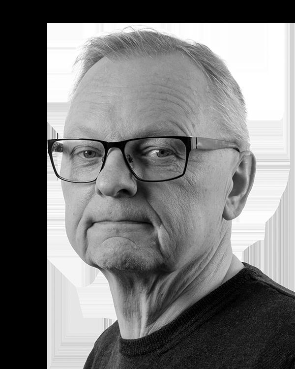 Økonomi & Administration Per Christensen